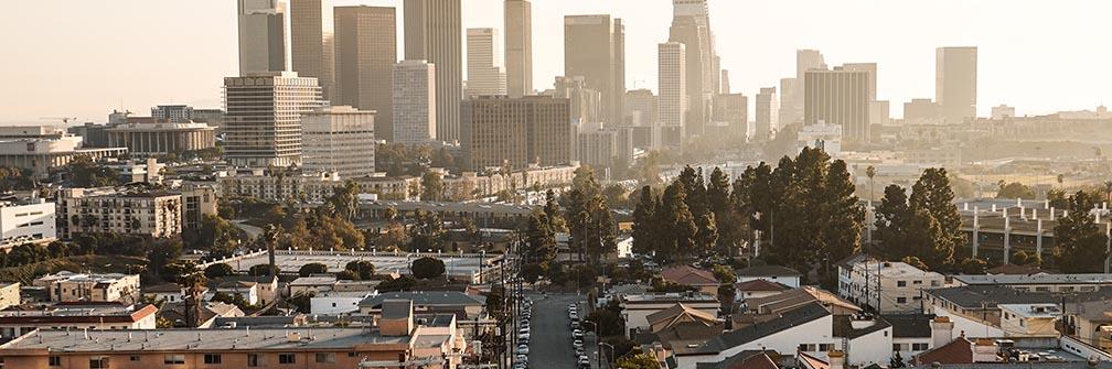 サウス ロサンゼルスを抜けると